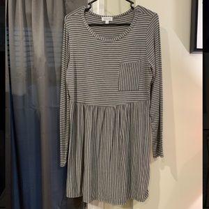 🌛3/$25 T shirt dress 🌞